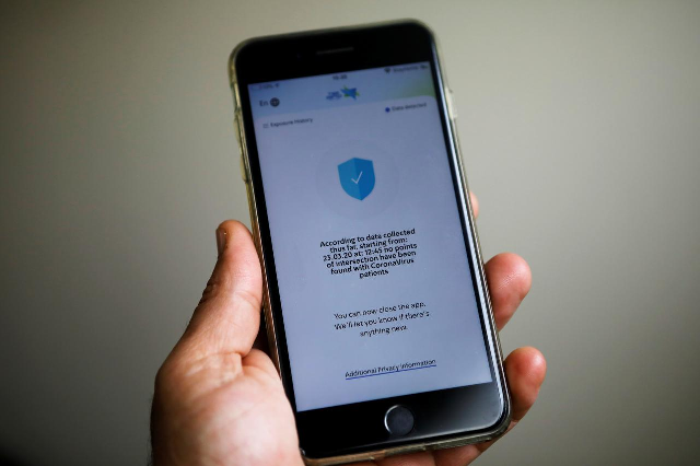 french smartphone app to help track virus transmission