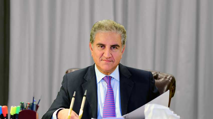 govt to bring back stranded pakistanis assures qureshi