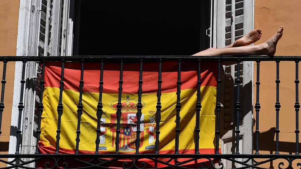 spanish flag covid 19 photo afp