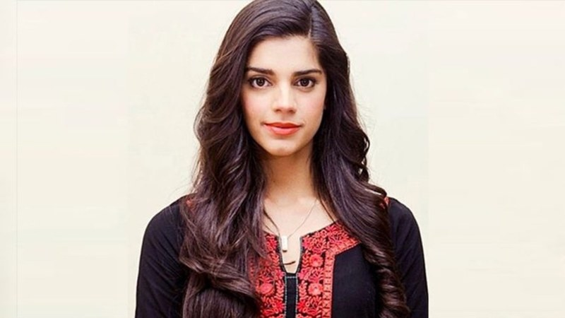 Sanam Saeed thankful to be returning home after being stranded in Thailand