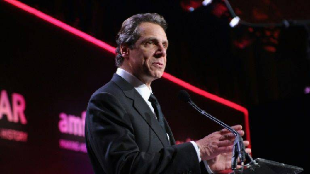 new york governor attacks trump for passing buck on pandemic response