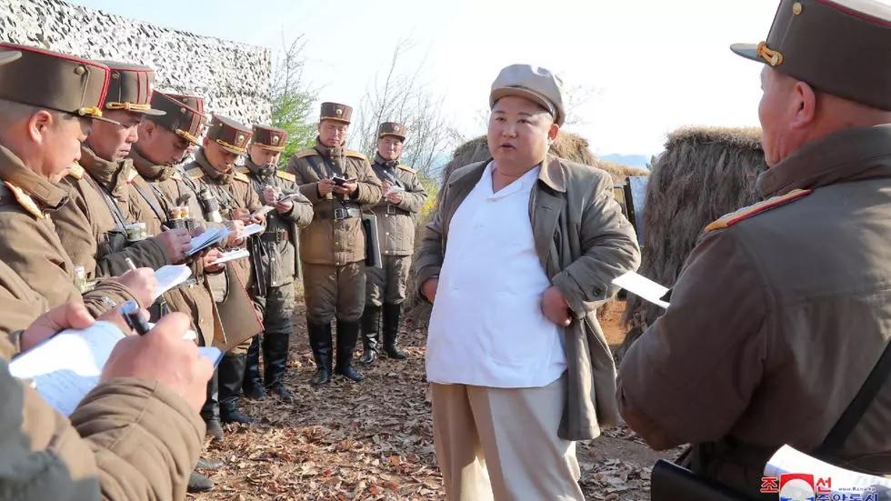 south korea plays down report north korea s kim jong un in grave danger after surgery