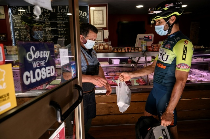 marengo makes up to 30 deliveries a day and has managed to set a personal lockdown record by riding 70 kilometres in a day    less than half the average length of a single stage photo afp