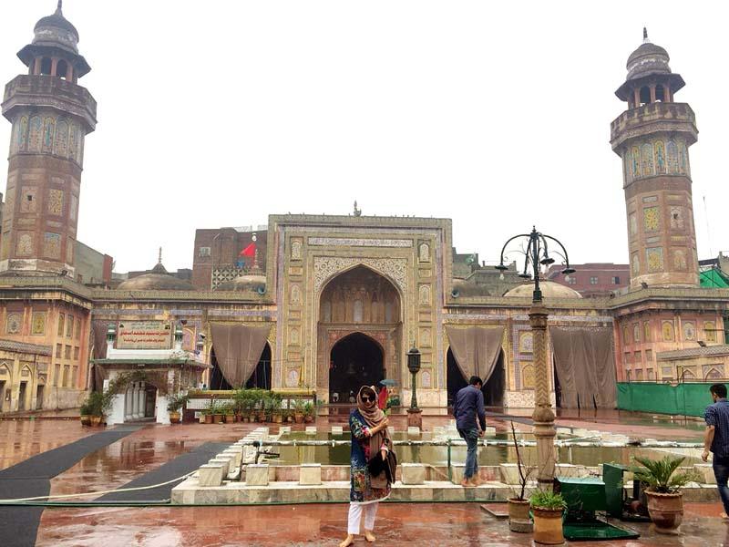 the glorious wazir khan mosque