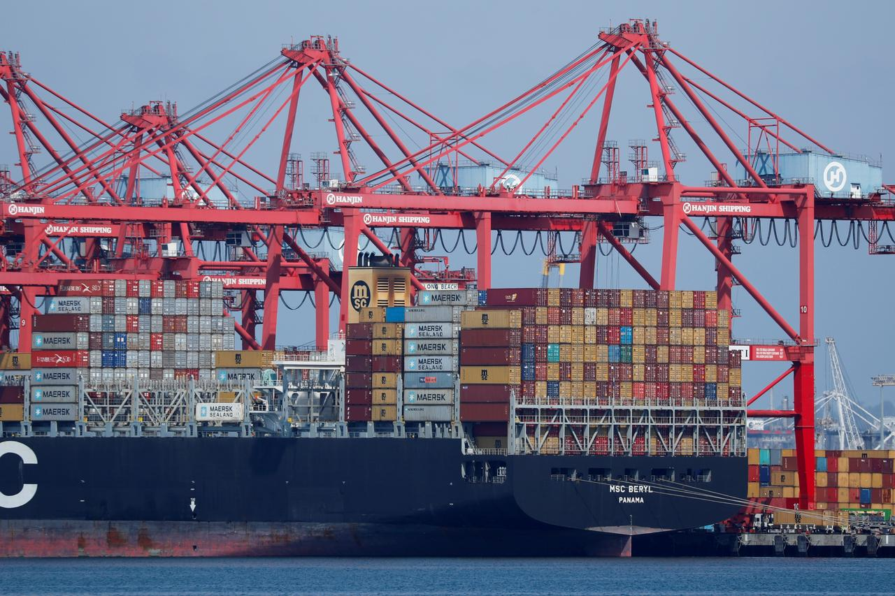 in pakistan terminal operators refuse to extend free storage period to importers