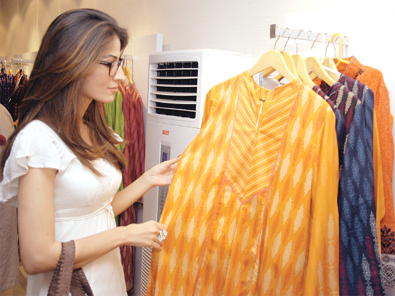 garment stores lack summer wear