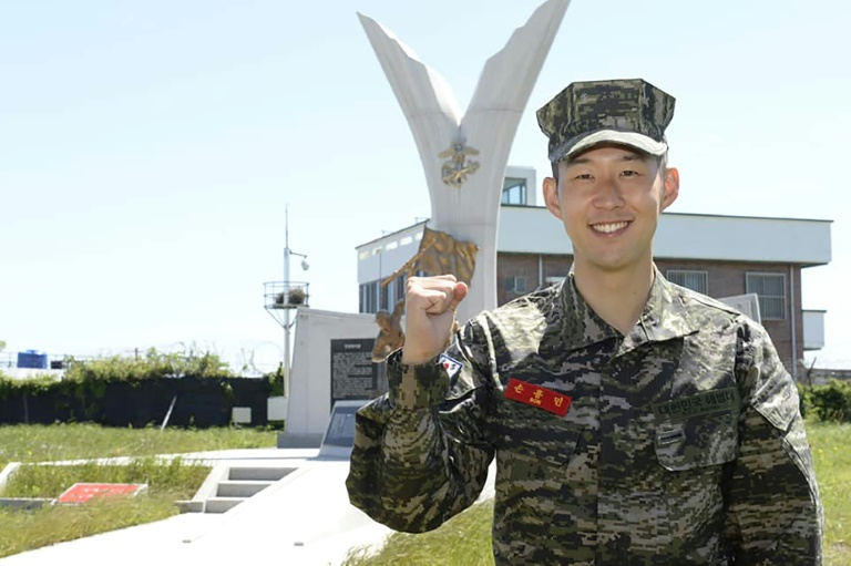 spurs hotshot son heung min earns military accolade