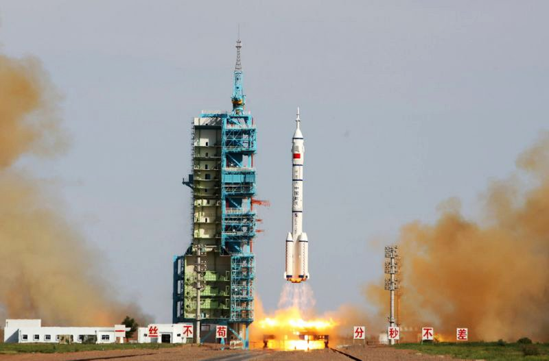 china s new spacecraft returns to earth