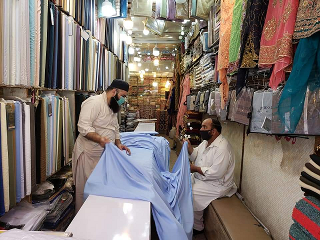 Markets in Rawalpindi have opened since the ease of lockdown was announced. PHOTO: EXPRESS