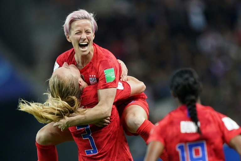 the us women who clinched back to back world cup wins with victory at last year 039 s finals in france had based their claim for back pay in the disparities between prize money distributed by fifa at the men 039 s and women 039 s world cups photo afp