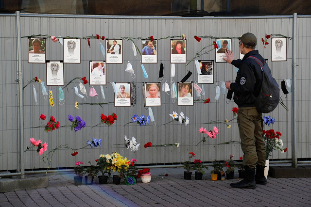 a man visits a makeshift memorial for medics who reportedly died in saint petersburg and leningrad region in the times of the coronavirus disease covid 19 outbreak in central saint petersburg russia may 9 2020 photo reuters