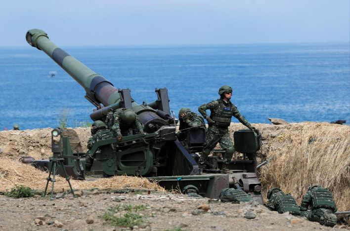 taiwan eyes further us arms purchases with new anti ship missile