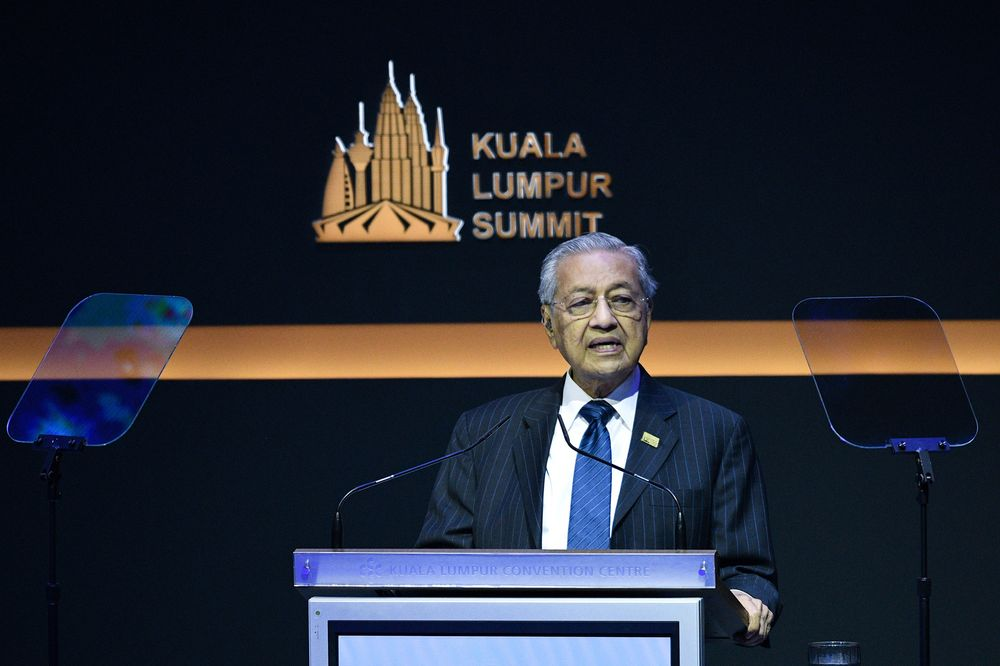 malaysian former premier dr mahathir mohammad at the kl summit photo reuters file