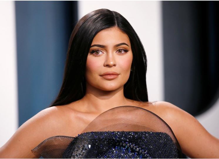 kylie jenner is not a billionaire forbes magazine now says