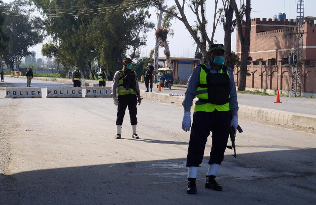 sindh balochistan extend lockdown amid rising covid 19 cases