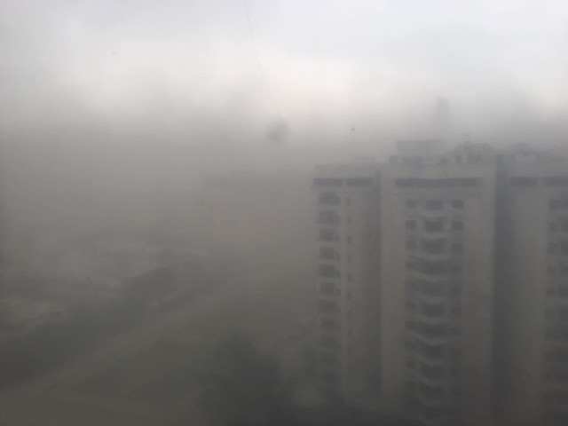 karachi dust storm leaves death destruction in its wake