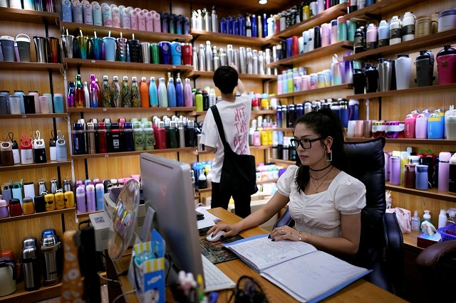 china s exporters go online to tap domestic market amid pandemic