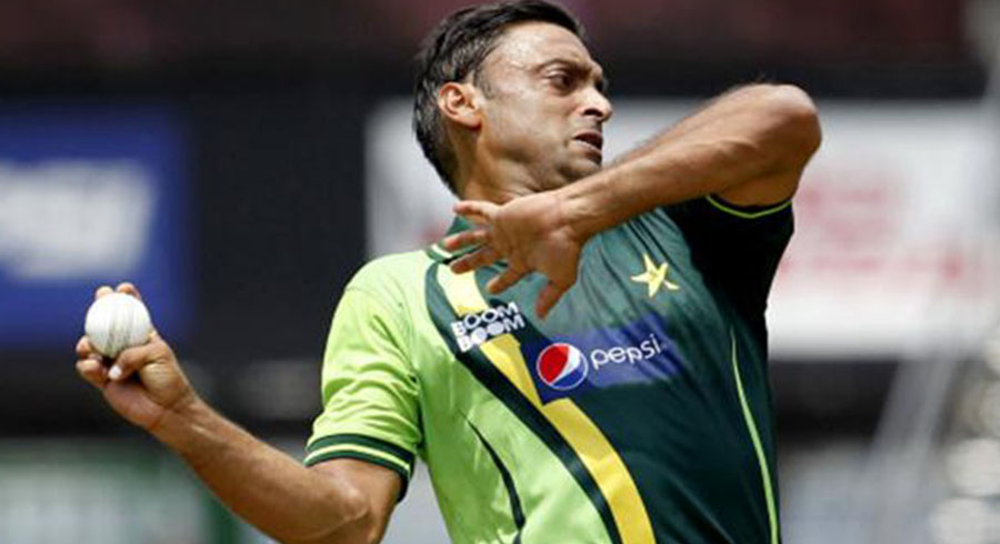 it was an absolute shocker harmison on akhtar s deliberate beamer at kirby