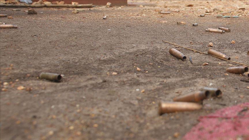 gunmen shoot 6 dead at hostel in south africa