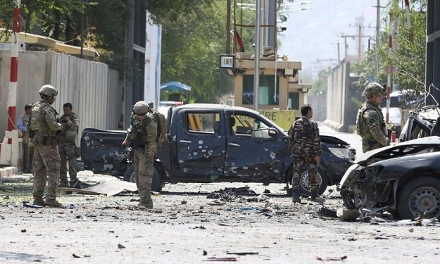 over 400 afghan security personnel killed or wounded by taliban in past week govt