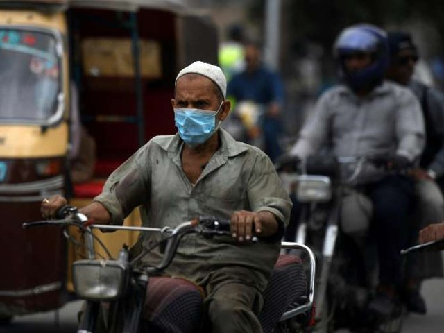 The virus has claimed at least 3,436 lives while around 65,331 coronavirus patients have recovered across Pakistan. PHOTO: AFP/FILE