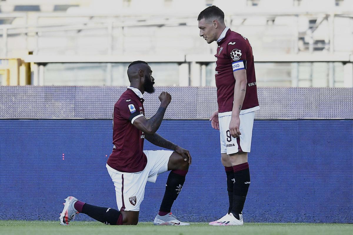 belotti misses penalty nkoulou takes the knee