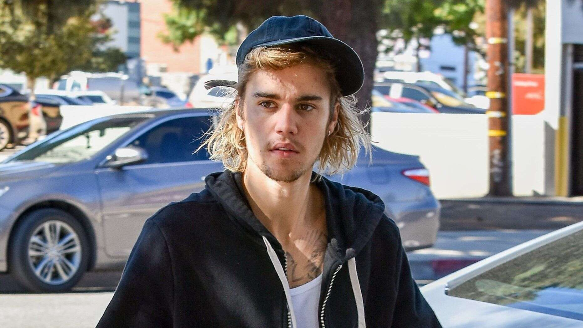 justin bieber refutes sexual assault allegation with series of evidence