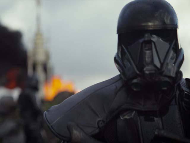 is rogue one better than last year s episode vii