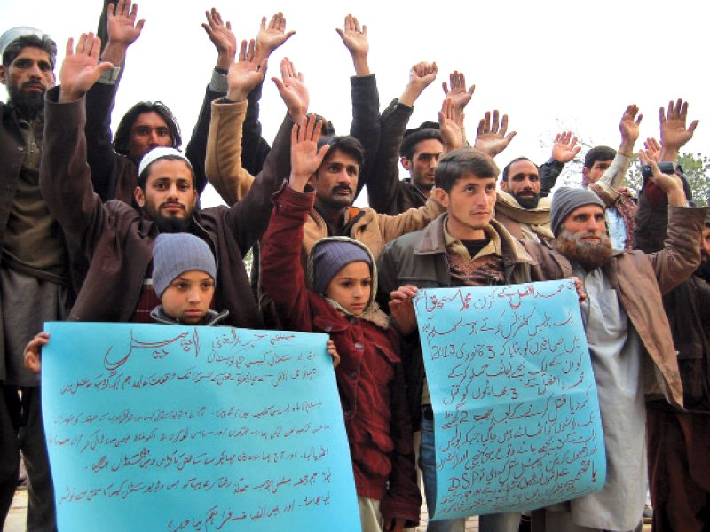kohistan video case relatives of three slain brothers stage protest