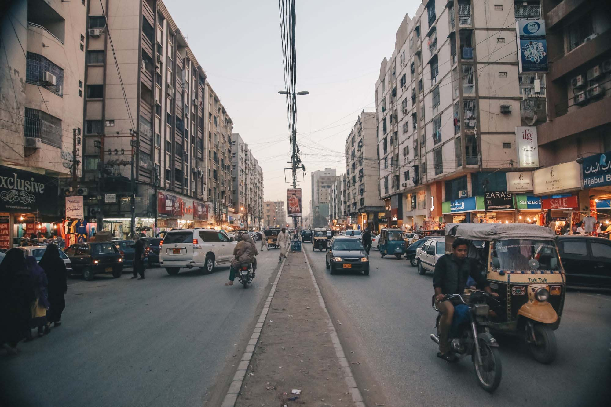 tariq road and bahadurabad are amongst the main shopping hubs of karachi along with providing some of the best street food in the city of course shopping leaves one with a big appetite and these places have got that covered photo ali anas