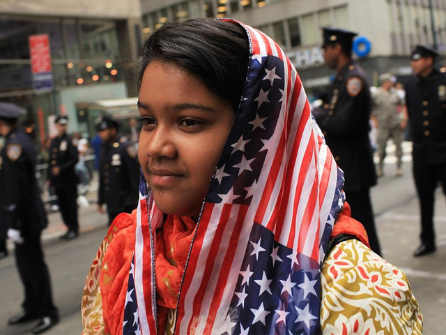 aliza fatima 12 of queens and a descendent of pakistani parents participates in the american muslim day parade on september 26 2010 in new york photo getty