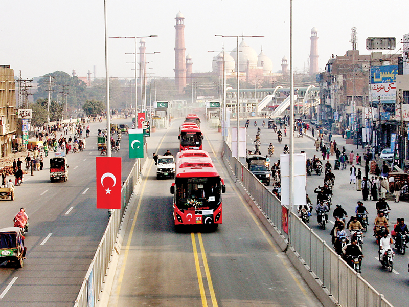 Newly-launched Metro Bus Service on its way on the first day of the inauguration in the provincial capital. PHOTO: APP