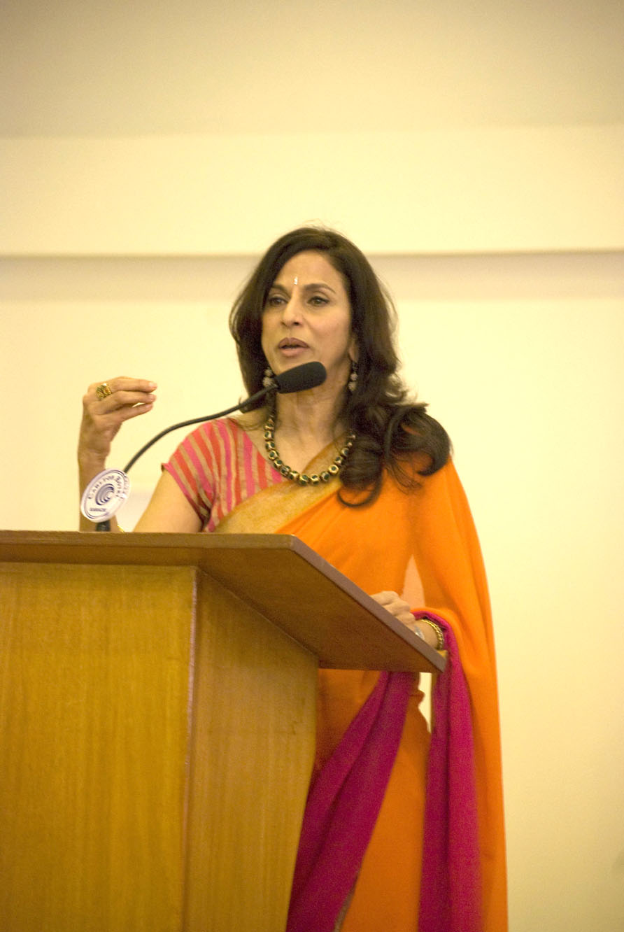 shobhaa de at klf 2012 photo ayesha mir express file