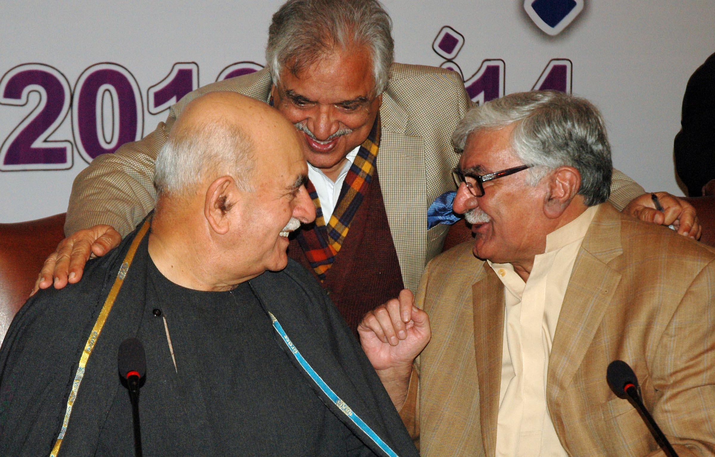 Light chat between President ANP Asfandyar Wali, Chairman Pakhtoonkhwa Milli Awami Party Mehmood Khan Achakzai and Secretary General PML-N Iqbal Zafar Jhagra at All Parties Conference in Islamabad on Thursday. PHOTO: EXPRESS TRIBUNE