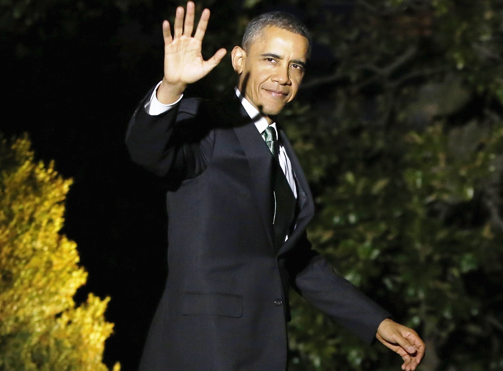us president barack obama waves to reporters as he departs for travel to israel from the white house in washington march 19 2013 photo reuters
