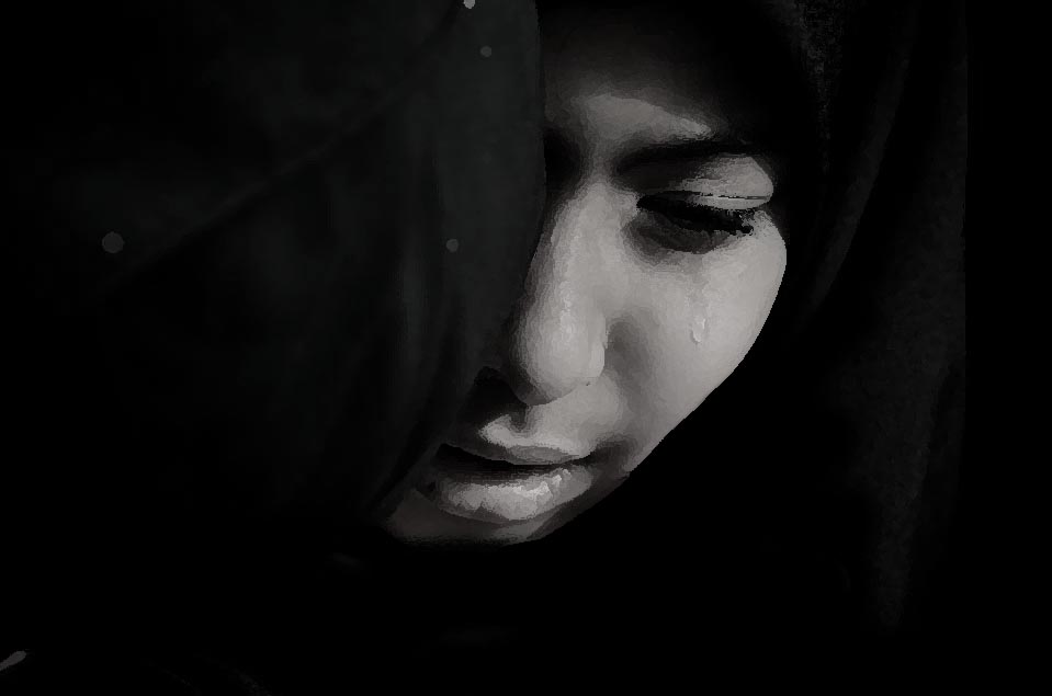 r was visiting from lodhran when four men from the mausoleum admin allegedly raped her photo file