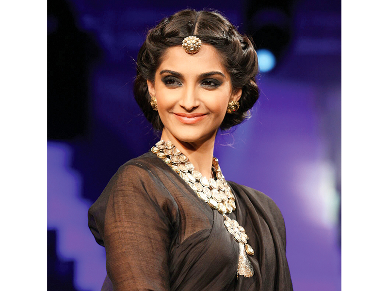 Sonam says she's obsessed with Rekha's look in Umrao Jaan. PHOTO: FILE