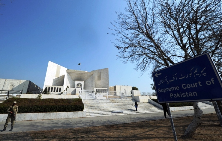 A three-judge bench headed by Chief Justice Iftikhar Muhammad Chaudhry rejected the company's appeal and ruled that the labourers were unfairly locked-out in 1991. PHOTO: AFP/FILE