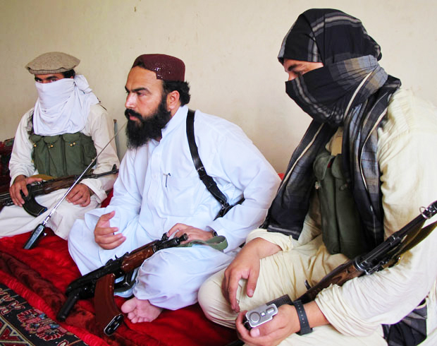 flanked by militants wali ur rehman centre deputy pakistani taliban leader speaks to reporters in shawal a town that lies between north and south waziristan photo reuters file