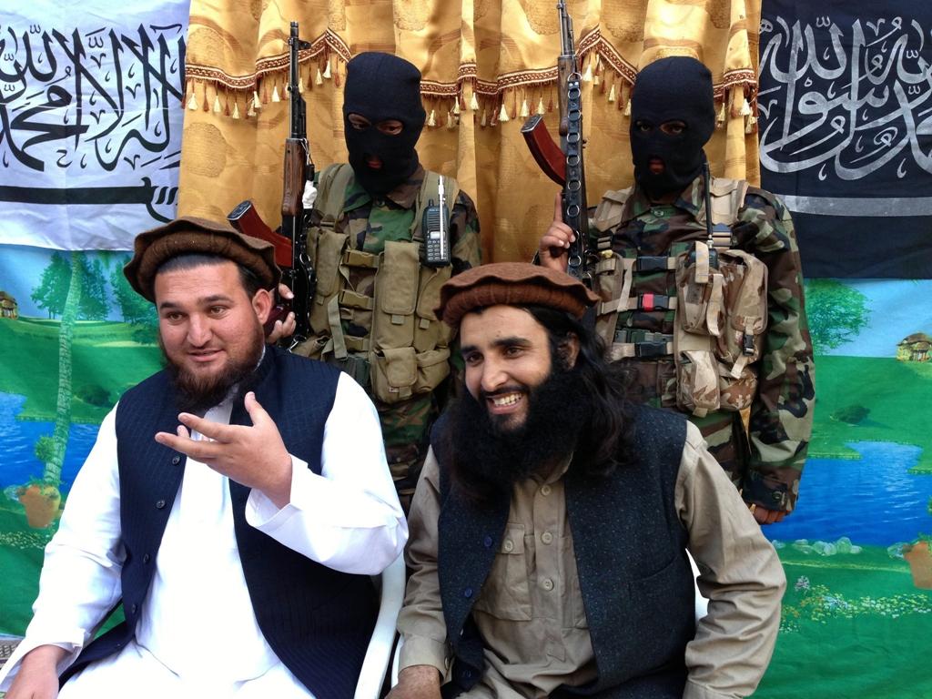 Tehreek-e-Taliban Pakistan (TTP) spokesman Ehsanullah Ehsan (L) and TTP member Adnan Rasheed address a press conference. PHOTO: AFP/FILE