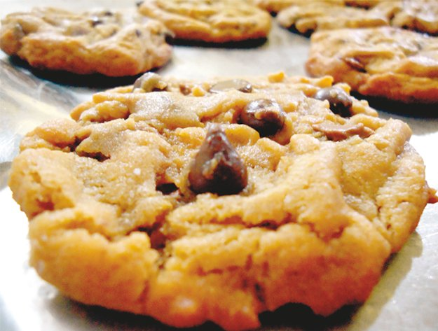 Satiate your sweet cravings using these easy-to-make recipes. PHOTO: SIDRAH MOIZ KHAN