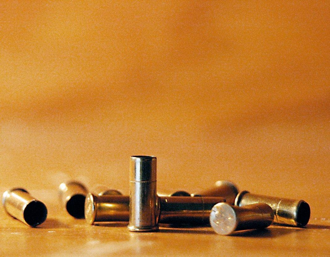 gun attacks leave 11 dead in karachi