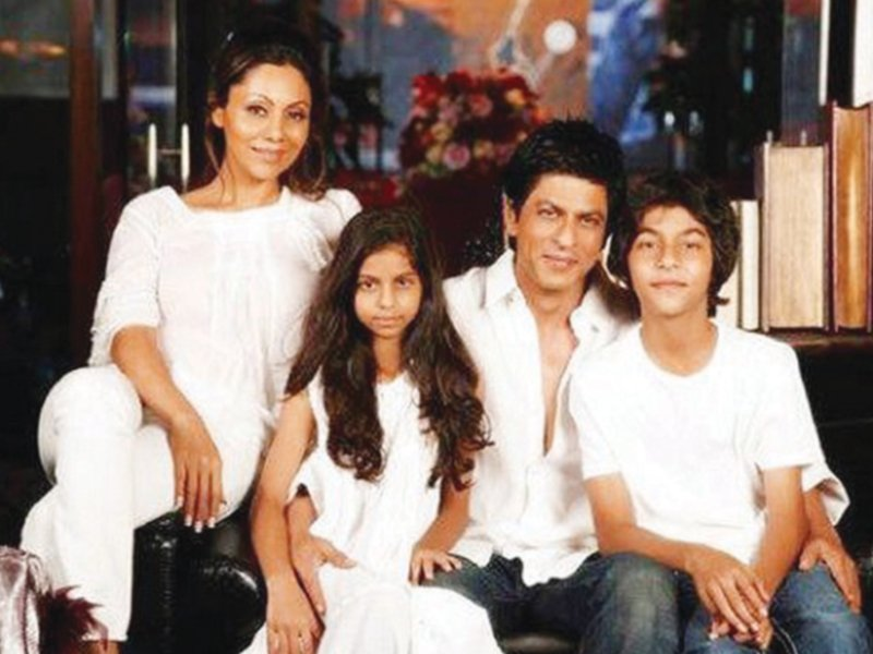 srk once again stands out as number one after 11 000 indians voted for him as the best father photo file