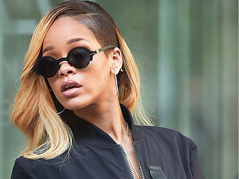 topshop had a license from the photographer but no license from rihanna photo file