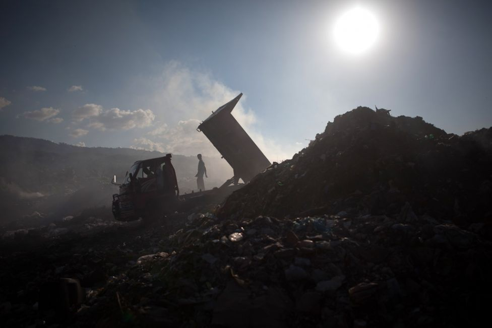 the court also censured nlc officials for showing negligence in clearing the garbage dumped in the ground photo afp file