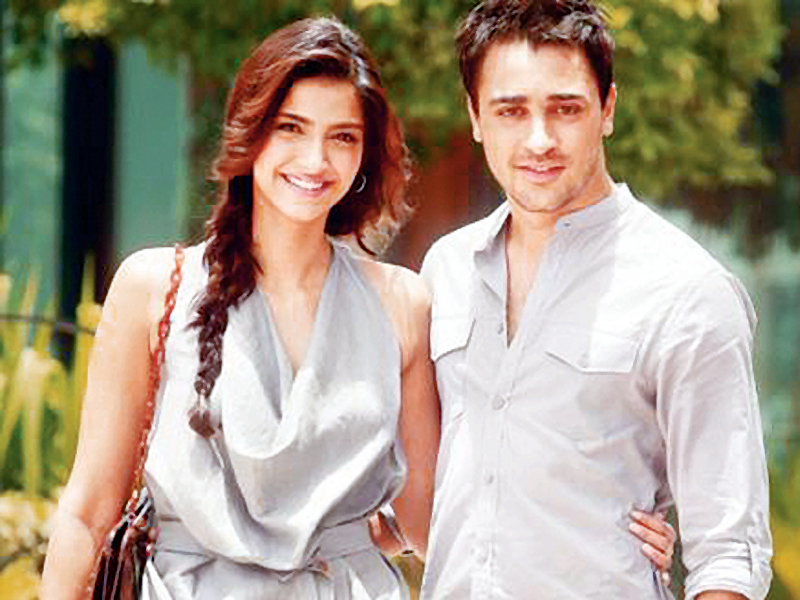 sonam says that imran khan is the best looking actor in bollywood photo file