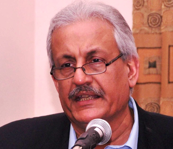 It appears the govt has writ only in Lahore and Islamabad while conspirators are free to create disturbances in other three provinces PPP Senator Raza Rabbani. PHOTO: EXPRESS