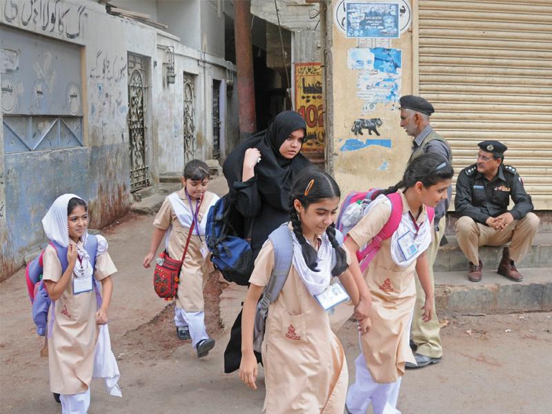 karachi law and order law enforcers arrest 28 suspects in multiple raids