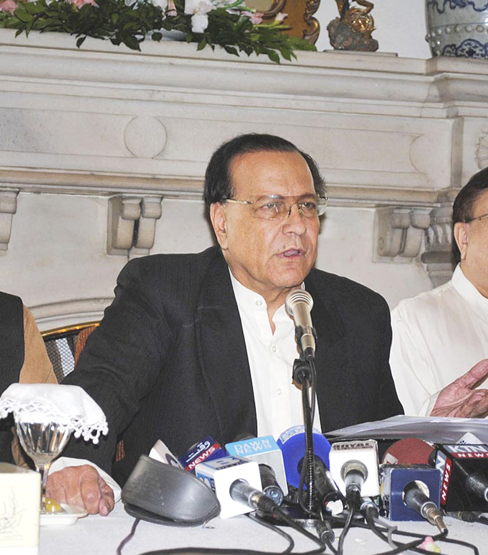 former punjab governor salmaan taseer has been honoured with the martin luther king junior peace award for his efforts in promoting human rights peace and humanity photo file