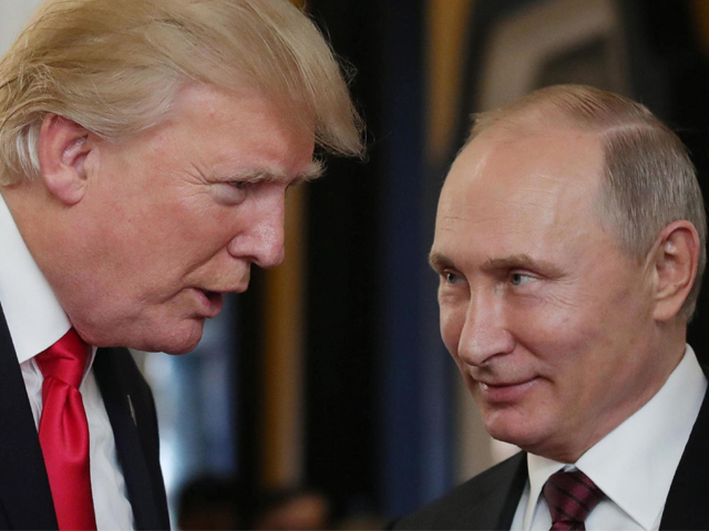 us president donald trump l chats with russia 039 s president vladimir putin as they attend the apec economic leaders 039 meeting part of the asia pacific economic cooperation apec leaders 039 summit in the central vietnamese city of danang on november 11 2017 photo afp